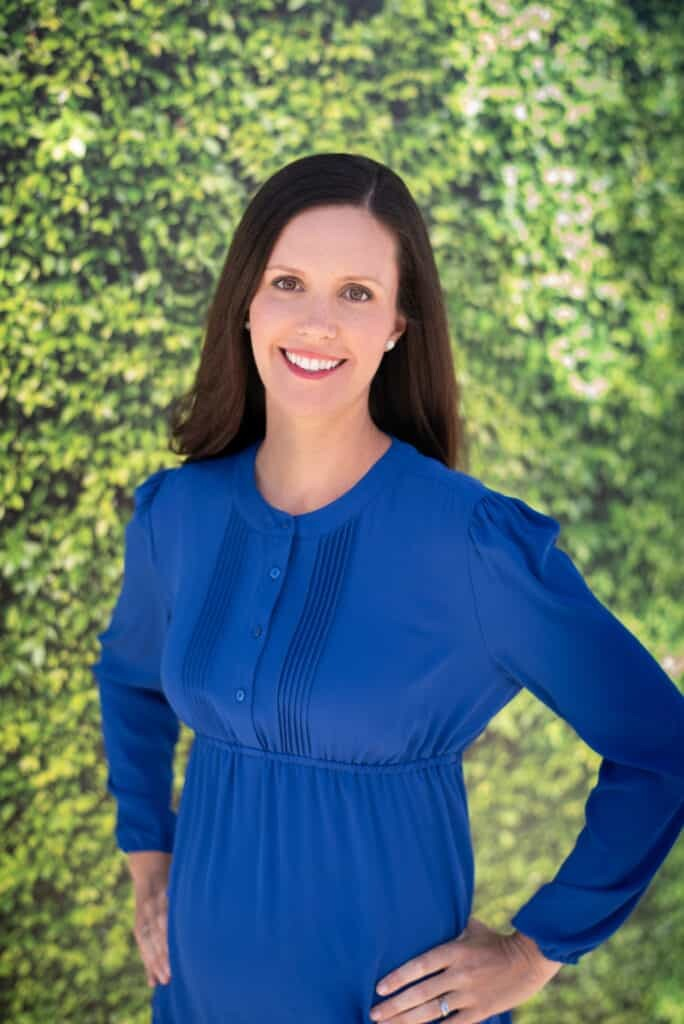 Claire Akin, Author, The Fiddle Leaf Fig Expert